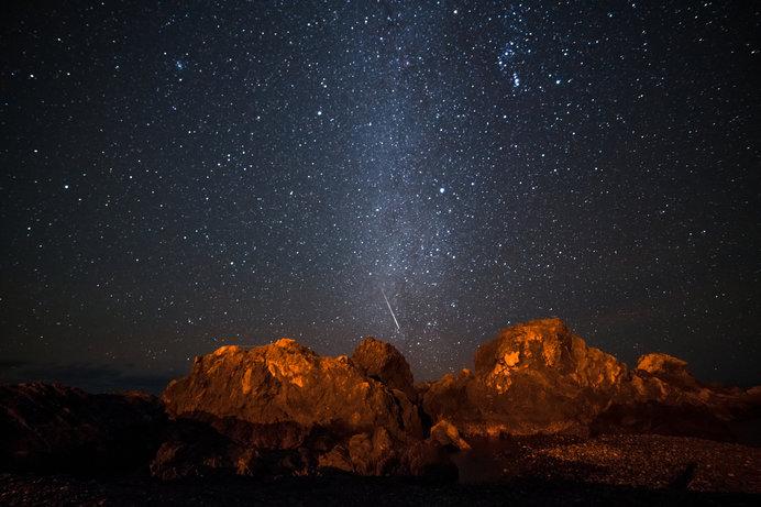 12月14日ふたご座流星群極大!1年の最後にステキな流星を見つけてみよう!