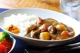 日本の国民食のひとつ「カレー」は、発祥の地では「カレー」と呼ばれていない!?