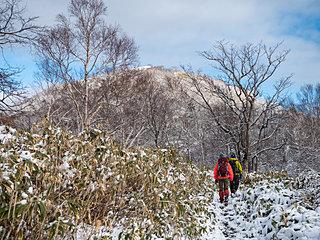 引きこもりがちなこの季節…。寒い冬こそ登山を楽しもう!