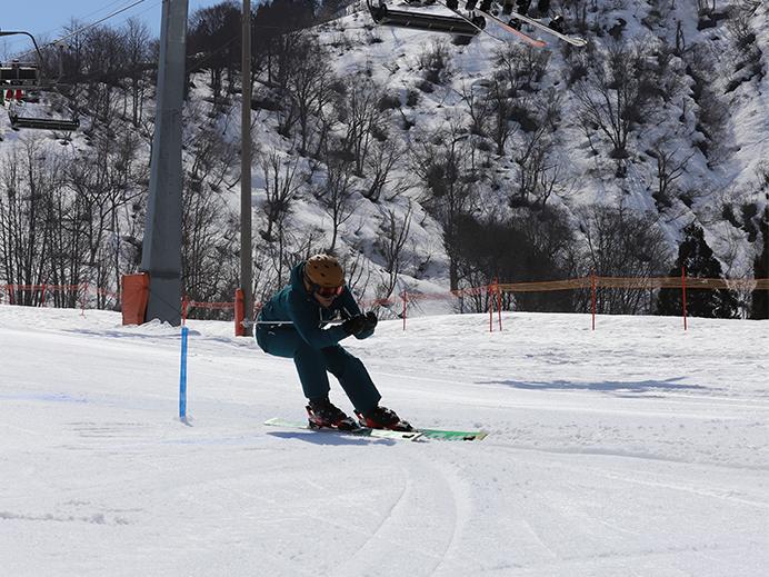 昨年実施の雪上ファミリーイベントにて前走を務めた @舞子スノーリゾート