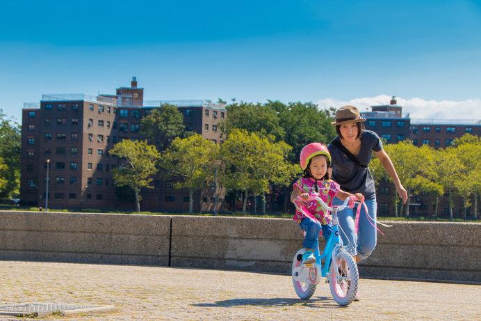 自転車とは別に、ストライダーなどのペダルなしバイクを用意して、練習してもOK