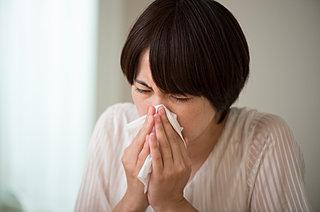 花粉症の人は、起きがけ時からつらい症状が起きる「モーニングアタック」に注意!