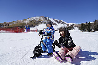 "tenki.jp×ハピスノ ファミリースキー初心者に最適な""春スキー""。おすすめイベント5選"