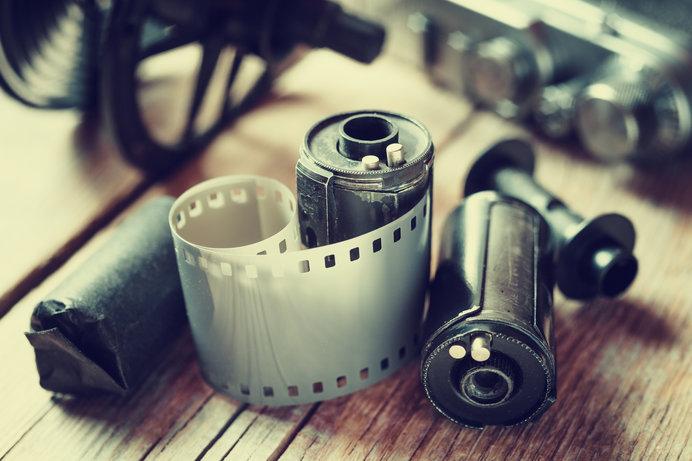 ダゲレオタイプの感光材料からフィルムへ