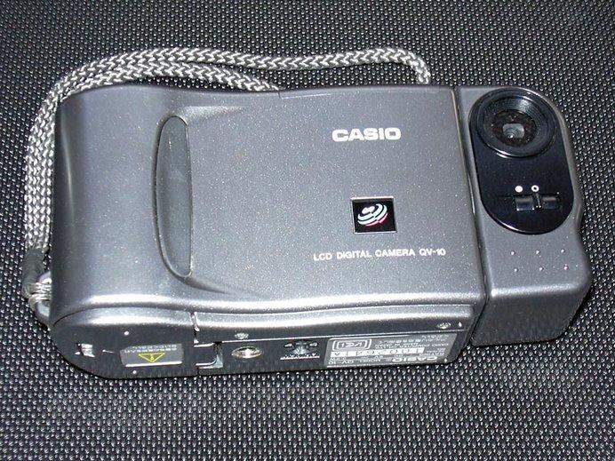 カシオのデジタルカメラ「QV-10」