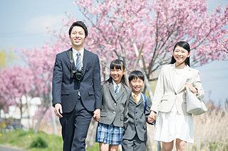 日本の新学期は、なぜ「4月始まり」なの?