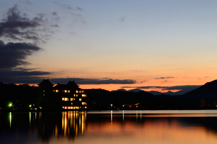 東郷湖の夜景(画像はイメージ)