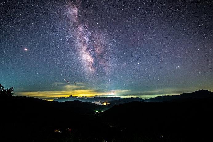 夜明け前の1時間が見ごろなので日の出時間をチェックしよう(写真はイメージ)