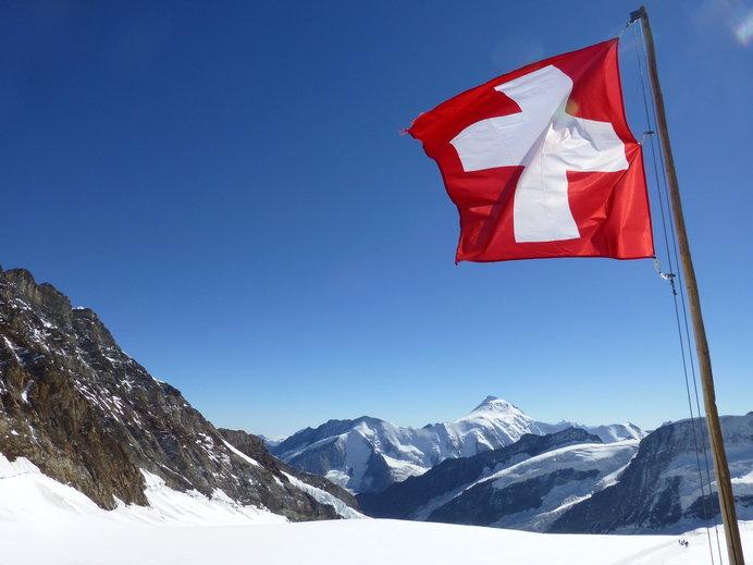 「人の命を尊重し、敵味方の区別なく救う」。世界赤十字デーに考える、平和と幸福