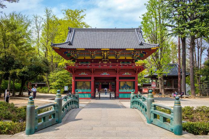 毎年、3万人前後の人が訪れる「根津神社例大祭」が開催される根津神社