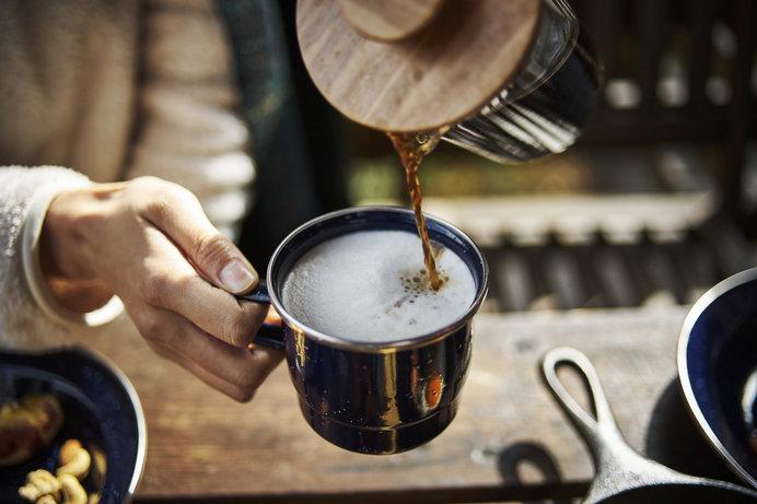 爽やかな北軽井沢の高原で、浅間山を眺めながら至福のモーニングコーヒーを♪