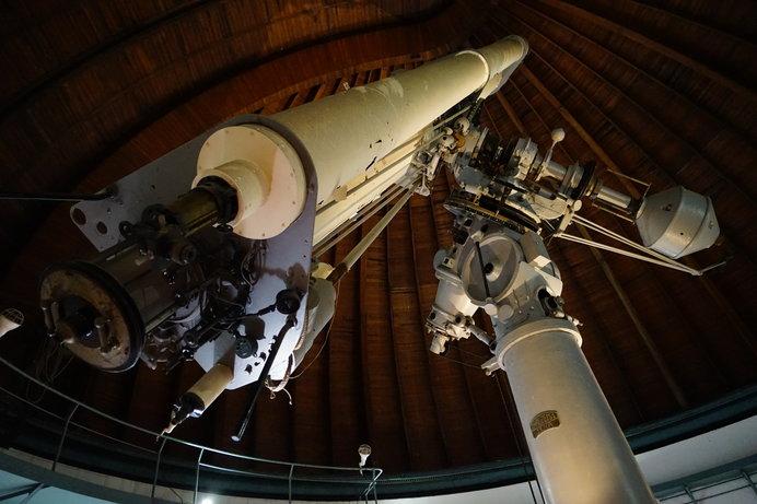国立天文台 大赤道儀室・屈折望遠鏡