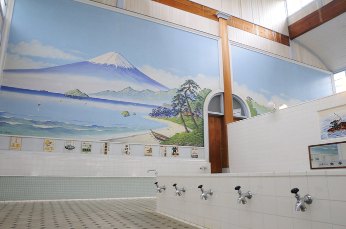 富士山をのぞみながら、悠々と……