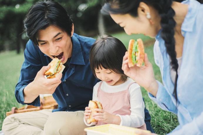 サンドイッチでピクニック♪