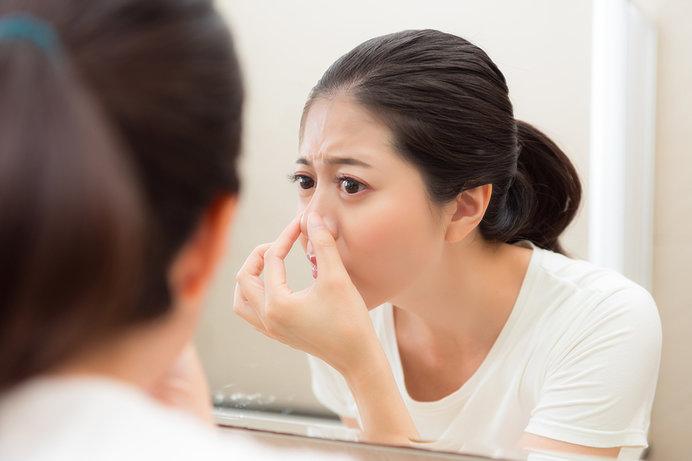 汗をかく季節に気になる顔の毛穴。どんなケアがよい?