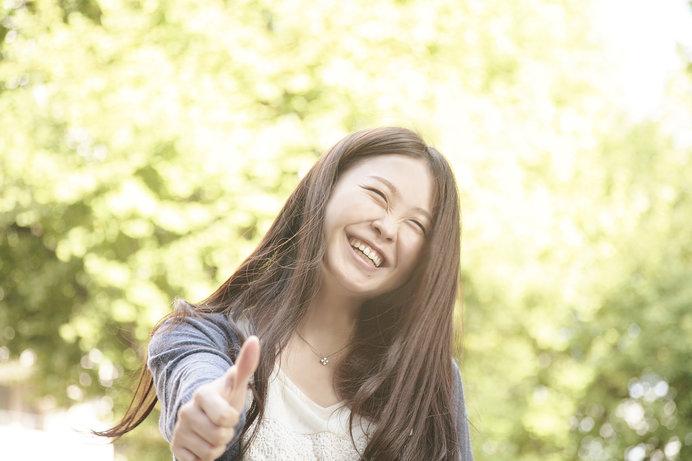 「満天の星空」同様、「満面の笑顔」も間違った使い方です