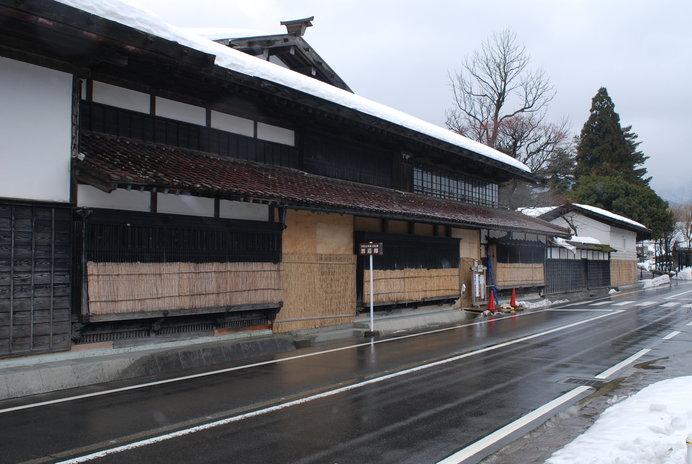 18世紀の町並みを残す関川村