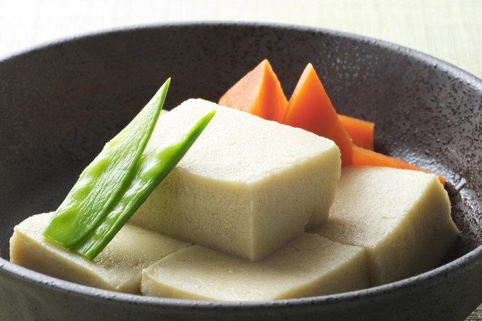 口の中に煮汁がジュワーと広がる高野豆腐(凍り豆腐)