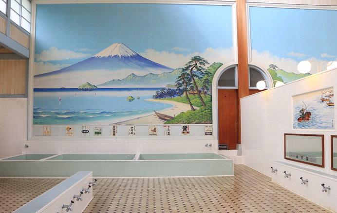 昔懐かしい浴場の光景(写真はイメージ)
