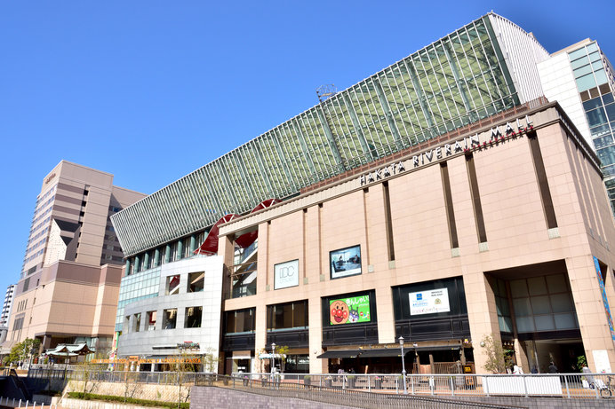 アジア23か国の近現代美術作品を約3000点所蔵する、世界でも類を見ないユニークな美術館