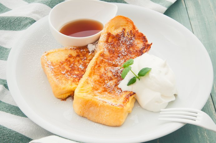 みんな大好き!フレンチトースト。この美味しそうな焼き色を見るとしあわせになりますね