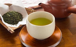 10月31日は「日本茶の日」。この他にも、秋は飲料に関する記念日が多いことをご存じですか?