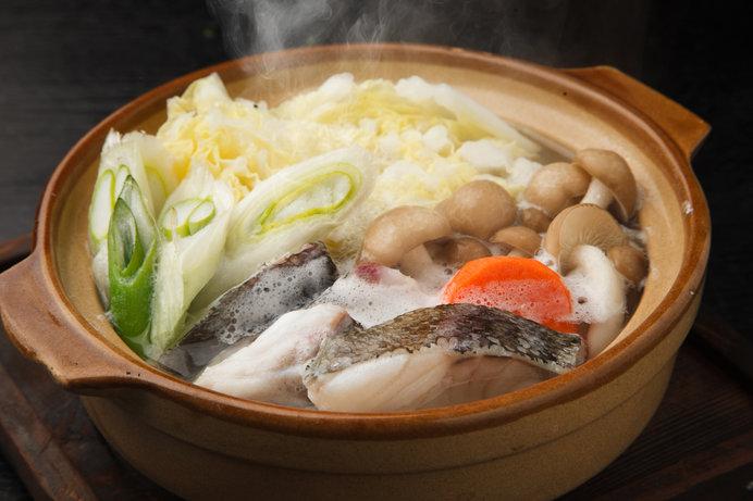 お鍋の季節!!冷え込む夜は旬のタラ鍋で温まろう