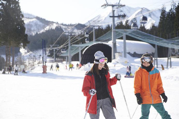 スキーの後は温泉ですっきり!温泉も楽しめるスキー場4選<東海・中越編>