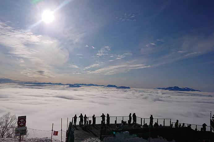 SORA terraceで冬の雲海を堪能しよう(竜王スキーパーク)