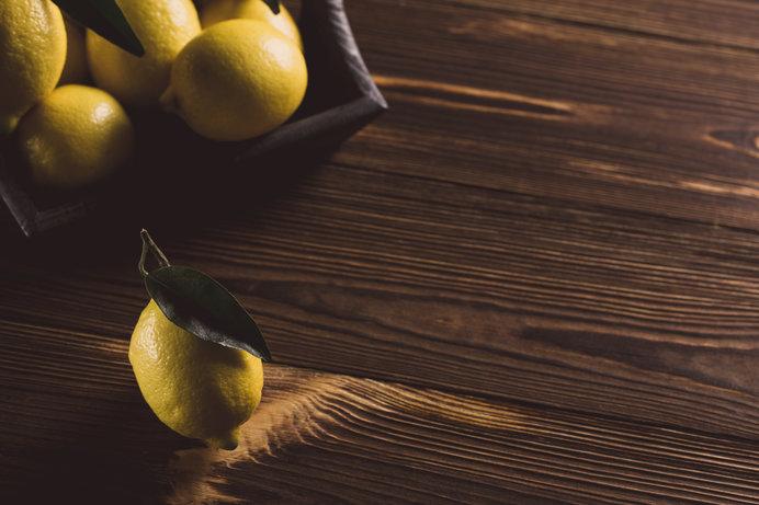 「檸檬」は多くの青年たちに鮮烈な印象を与えました