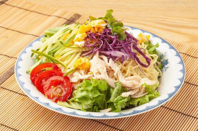 暑い日に札幌発のB級グルメ「ラーメンサラダ」はいかが?