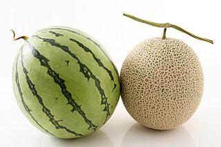 野菜と果物の違いとは。メロン、スイカ、キュウリやトマトは?