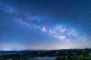 「明けの明星」が美しい時。土星や木星も見頃です!惑星観察を楽しもう
