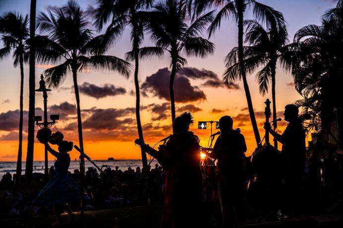 ハワイアン音楽、フラ・アウアナの伴奏に欠かせないのがウクレレ