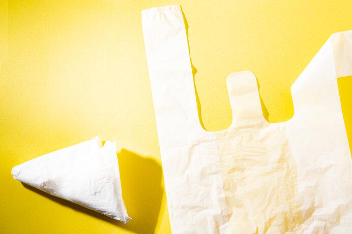 かさばらないレジ袋を便利にリユース!(写真はイメージです)