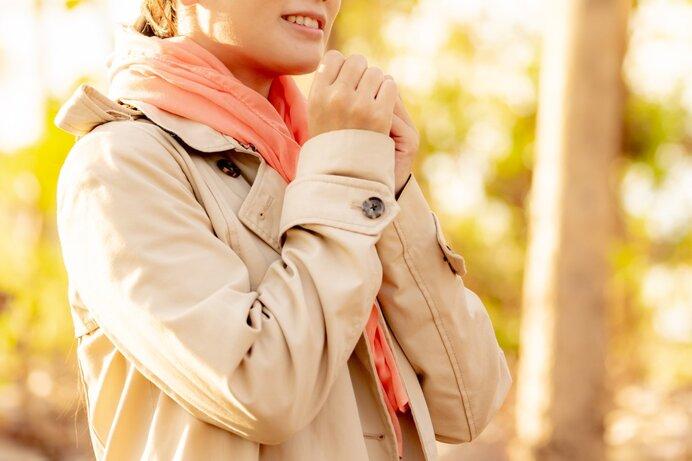 春コートと秋コートの違いとは?使い分け方や兼用での注意点