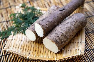 11月16日は自然薯の日!薩摩生まれの自然薯を使ったお菓子をご紹介