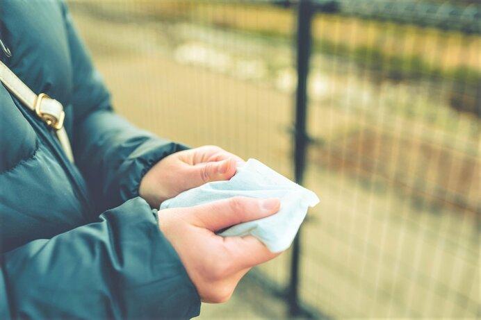 寒い冬に必須のカイロを貼るのに効果的な場所を詳しく解説