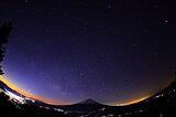 木星と土星はそろそろ見納め。1月10日はラストを飾る水星との競演に注目!