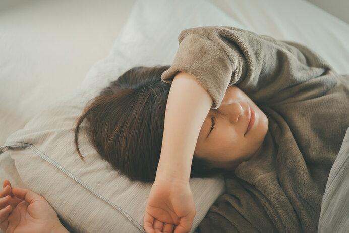 寒い冬の夜の就寝時はどんなルームウェアがおすすめ?