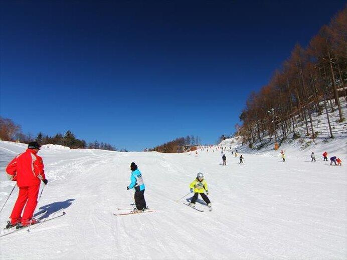 スキー専用ゲレンデで天空を楽しもう/ヘブンスそのはら Snow World(長野県下伊那郡)