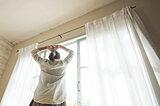 室内にいても紫外線対策が必須な理由と5つの対処法を解説