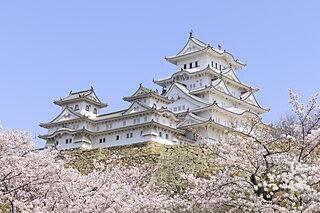 4月6日は「しろの日(白の日、城の日)」!白くて美しい姫路城の豆知識