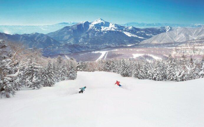「グランデコスノーリゾート」豊富な積雪量で、GWまで営業延長を決定!
