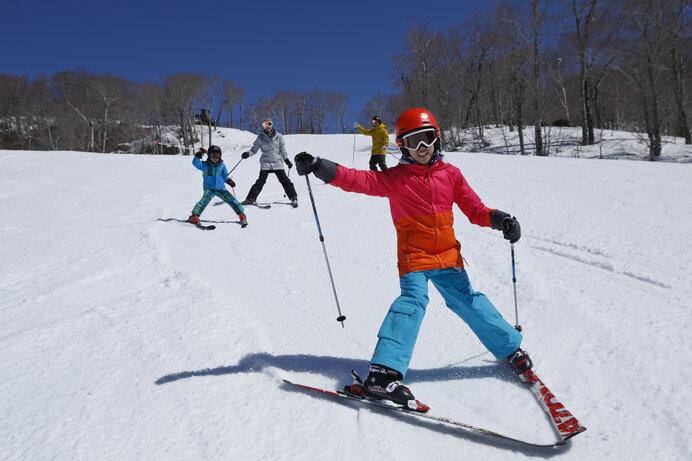 「たんばらスキーパーク」首都圏からもっとも近い春スキーゲレンデ!