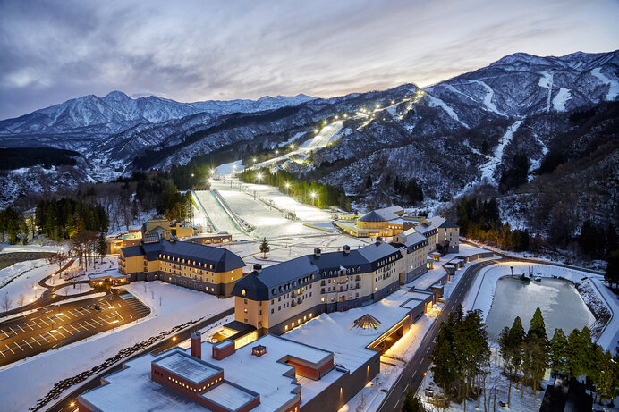 「ロッテアライリゾート」国内屈指の降雪量を背景に5/16まで営業予定