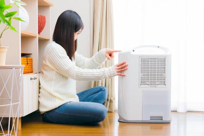 除湿機やエアコンを使って湿度を40〜60%に保ちましょう