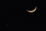 7月は「月と惑星の共演」に注目!宵の明星と火星の大接近も見どころ