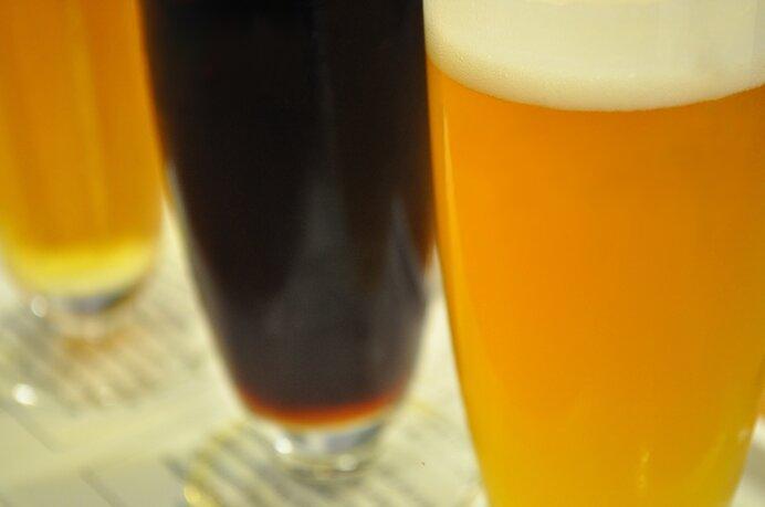 クラフトビールで注目される個性派「エール」、世界中で愛される定番「ラガー」