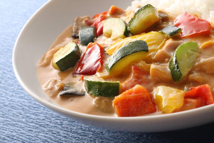 見た目はシチュー?食べたらカレーのびっくりレシピ。
